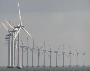 740418_windmills_at_sea.jpg
