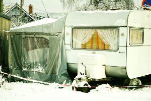 905690_caravan.jpg