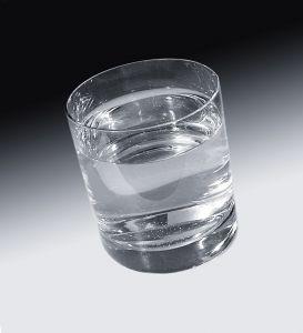 979662_glass_of_water.jpg